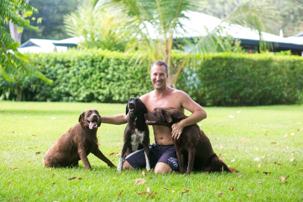 Yogi Aaron at Blue Osa With Dogs